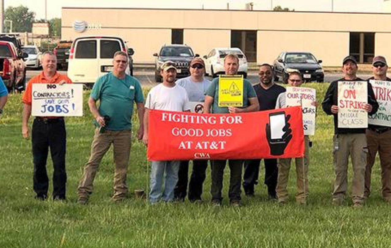 Members of CWA Local 4320 in Columbus, Ohio